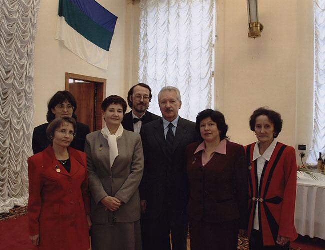 Лауреаты премий правительства РК 2004 с Главой РК