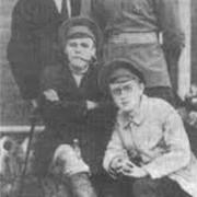 Д.А.Батиев с политическими деятелями Яренского уезда