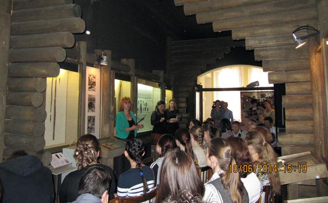 Находка коми археологов возвратилась из Эрмитажа