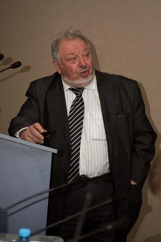 А.Э. Конторович
