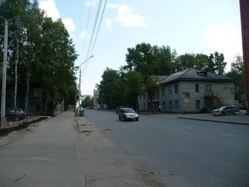 Справа дом №61. 2014 г.