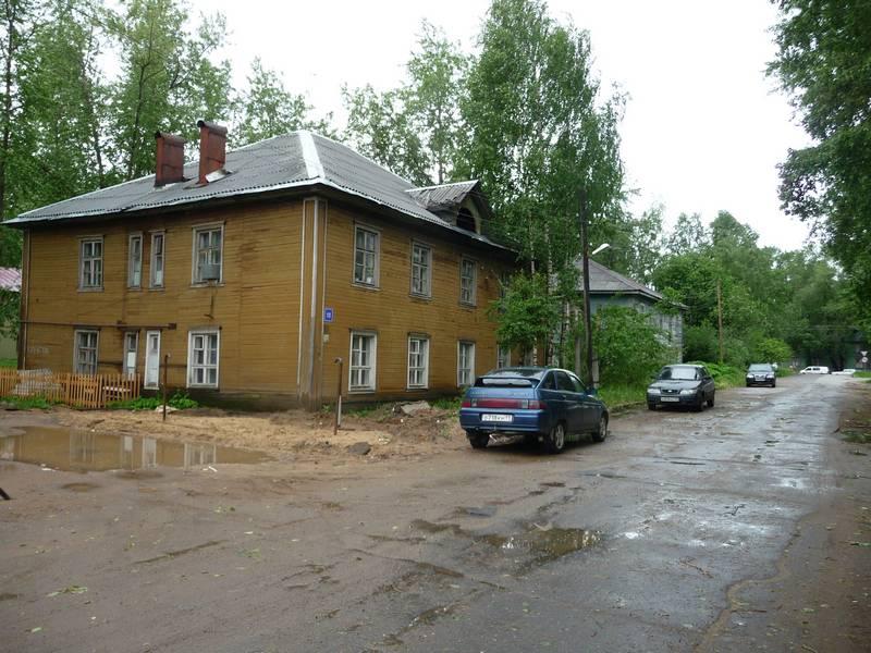 Нагорный проезд №13 и 15.