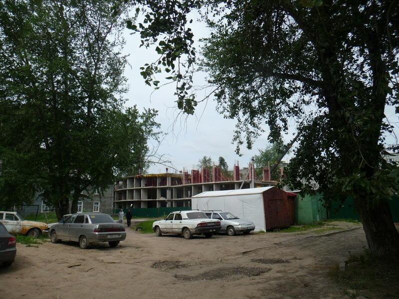 Стройка на месте дома №1