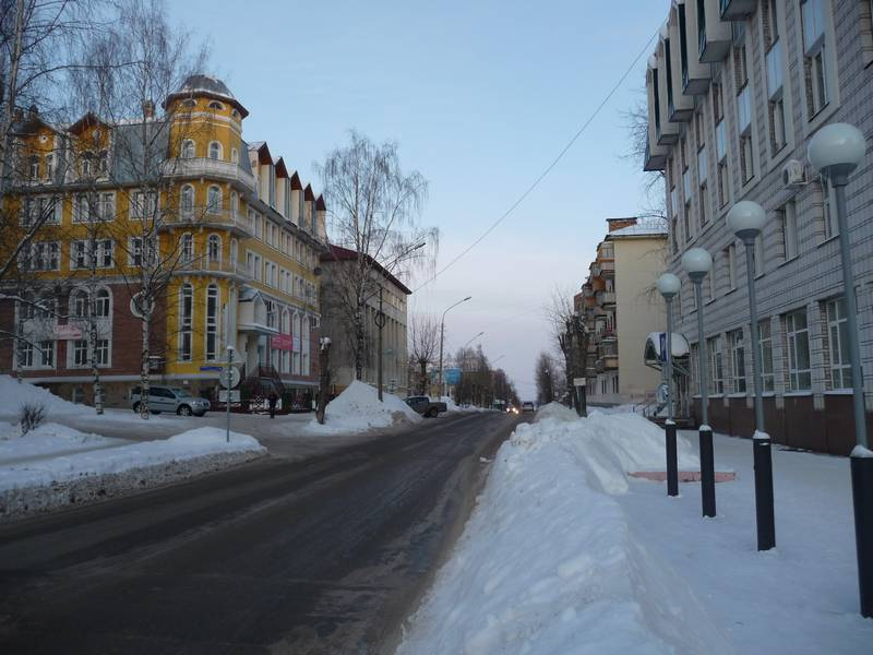 Куратова от Ленина к Советской.2011 г.