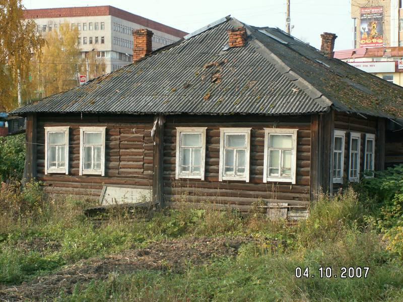 Дом №13. Фото со двора. 2007 г.Фото с сайта komimort.gallery.ru