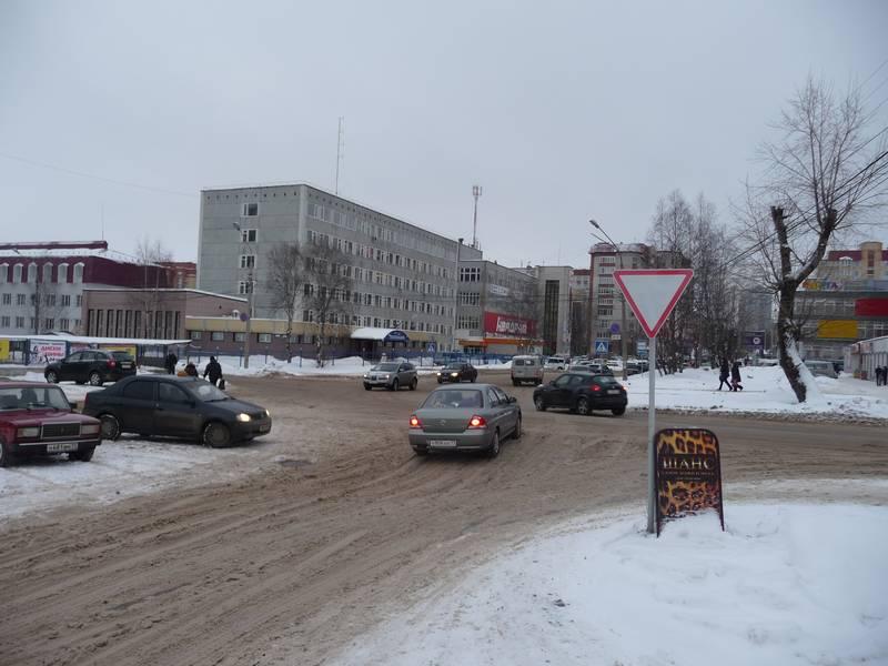 Первомайская от Красных партизан к Орджоникидзе. 2010 г.