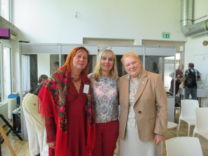Участник Конгресса от РК к.филол.н. Наталья Горинова с коллегами