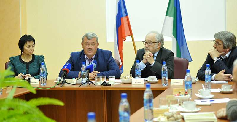 Руководитель Республики Коми С.А. Гапликов встретился с представителями научной элиты региона