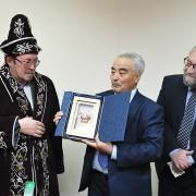 Доктору исторических наук Игорю Жеребцову на юбилей подарили коня (Комиинформ)