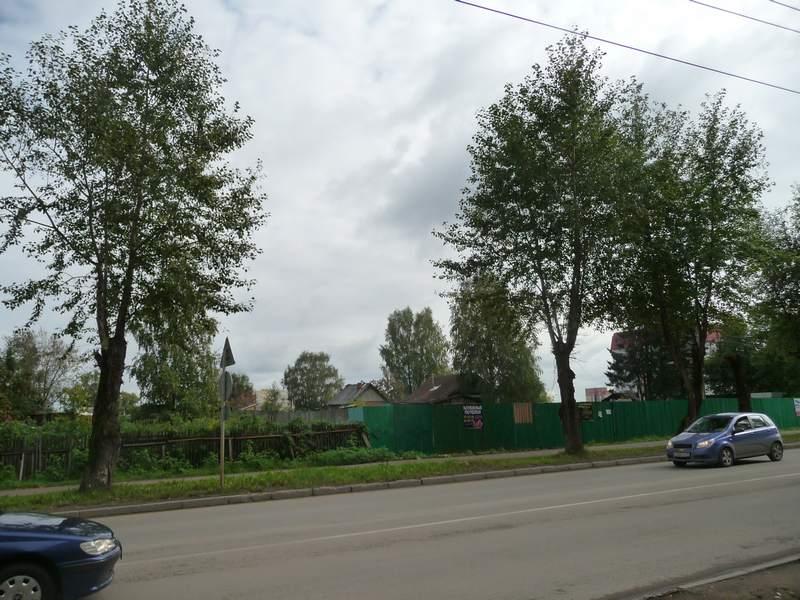 Вместо домов 173 и 175 стройплощадка