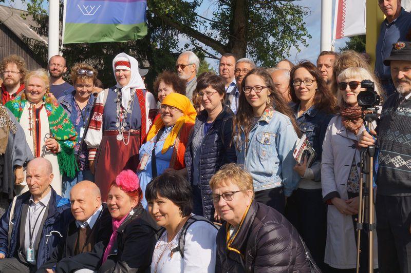 Участники конгресса в Обинице