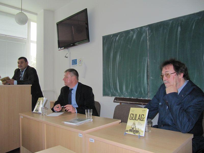 Презентация монографии ученых ИЯЛИ в Банской Быстрице