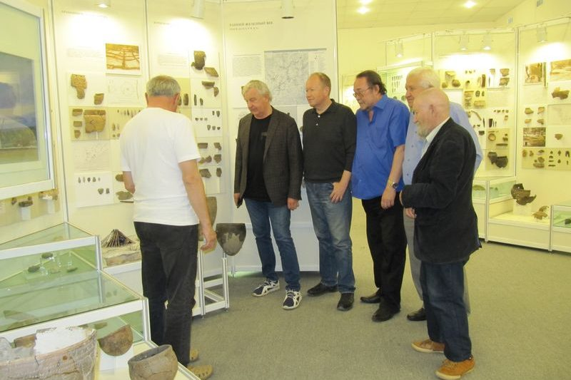Депутаты Государственной Думы обсудили вопросы развития финно-угорской науки с учеными ИЯЛИ