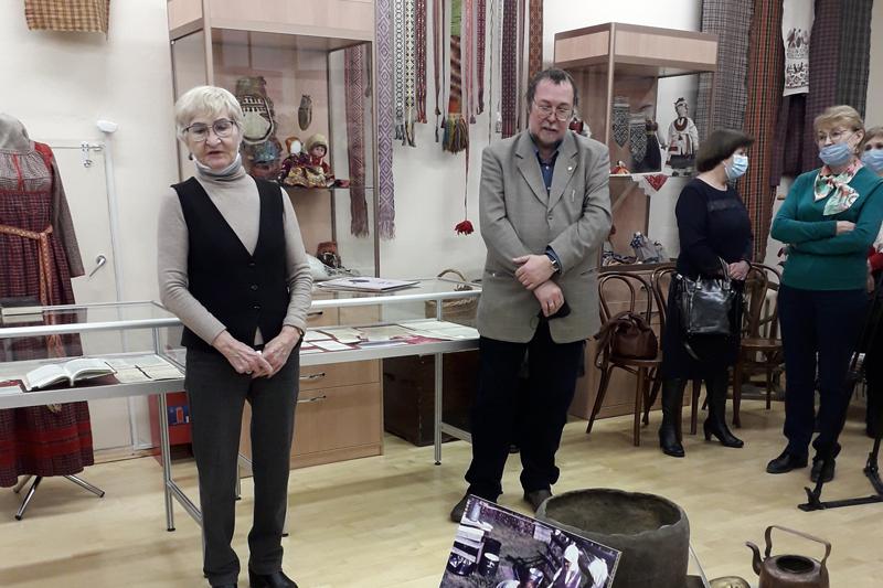 Ученые ИЯЛИ участвовали в открытии выставки, посвященной видному этнографу и археологу, многолетнему члену Ученого совета ИЯЛИ В.А.Семёнову